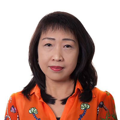 Mrs Thuy Tran